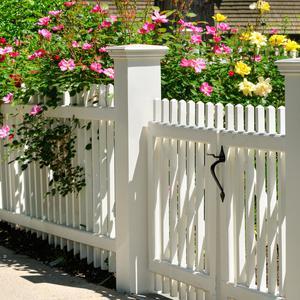 Czym kierować się przy wyborze koloru ogrodzenia?
