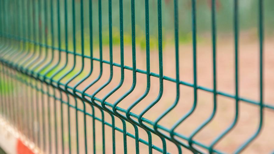 Czy warto zdecydować się na panele ogrodzeniowe?