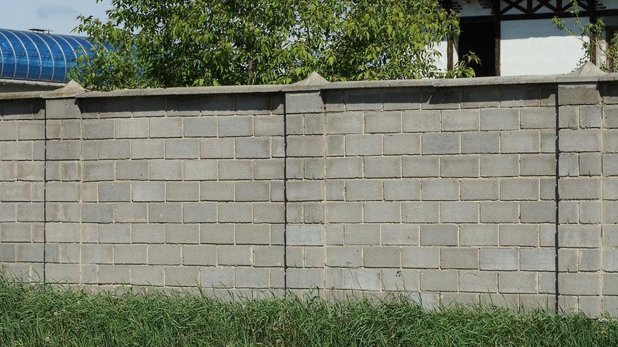 Kiedy i jakie szare ogrodzenie będzie najlepszym wyborem?